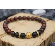 Bracelet with Onyx and red Tigereye